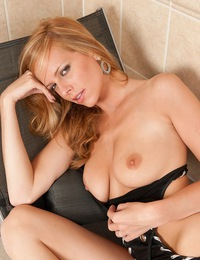 Well-endowed and curvaceous body in tight leather lingerie. - Monika A - Max
