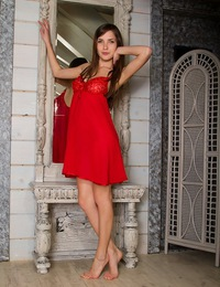 Semmi is a fine seductress clad in bright red night dress who's ready to fulfill your depest fantasies. - Semmi A - Serif