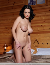 Spend a romantic getaway in a private mountain cabin with this dark-haired bombshell. - Lana I - Private Cabin